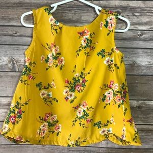 Gorgeous mustard girls floral top from Old Navy 4T